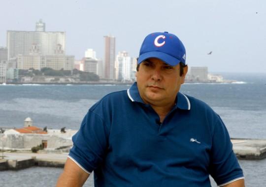 """Raúl Capote, el agente Daniel durante la filmación de """"Razones de Cuba"""", serie documental transmitido por la Televisión Cubana en abril de 2011. Foto: Ismael Francisco"""